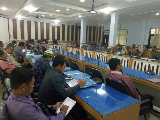 Permalink ke Pansus Ranperda DPRD Kota Jambi Kembali Bahas Masalah Pembentukan BUMD
