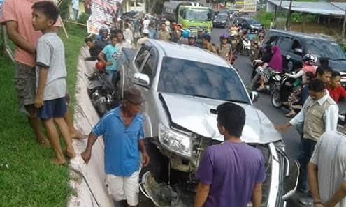 Foto Mobil Kepala BKD Tabrakan yang merenggut nyawa seorang warga batang Masumai beberapa bulan yang lalu.-1