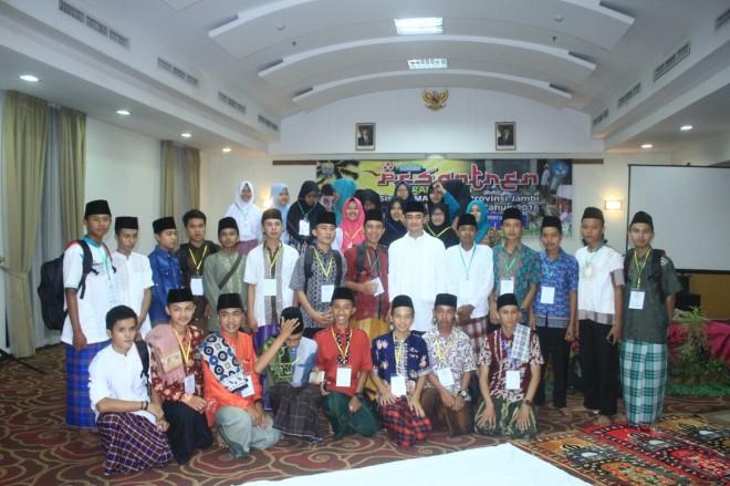 Permalink ke Gubernur Buka Pesantren Ramadhan Siswa SMA/SMK se-Provinsi Jambi Tahun 2016