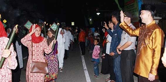 Permalink ke Semarak Muharram, Walikota Fasha Hadiri Berbagai Undangan Masyarakat