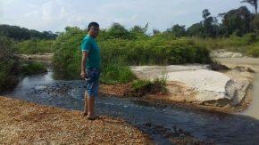 Permalink ke Wah, Limbah B3 PT. AWI Diduga Cemari Sungai Tabir