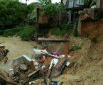 Permalink ke Hujan Deras Menyebabkan Banjir Bandang & Tanah Longsor