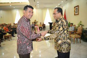 Permalink ke Lagi, Walikota Jambi Terima Anugerah WTN