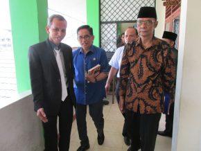 Permalink ke Prof.Rozali Abdullah : H. Bakri Anggota DPR RI Idola Saya