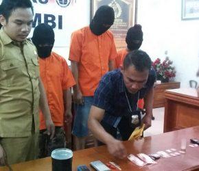 Permalink ke Tato Diringkus Polisi, Tomy Jadi DPO
