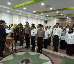 Permalink ke Walikota Jambi Fasha Kukuhkan Tim Saber Pungli