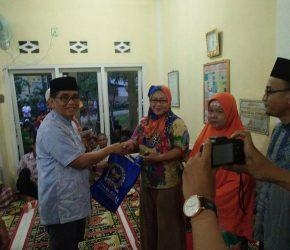 Permalink ke H Bakri Berikan Ratusan Sarung Kepada Warga Kecamatan Danau Sipin