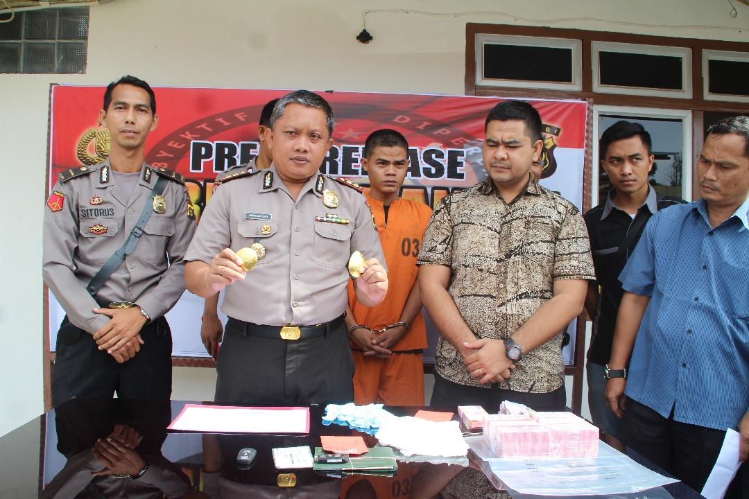 Permalink ke Tipu Yuslaini Hingga Rp 5 Milyar, Pemilik Toko Emas Tanjung Indah Bangko Ditangkap