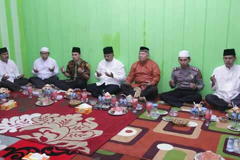 Permalink ke Bupati Safrial Safari Ramadhan di Kecamatan Pengabuan