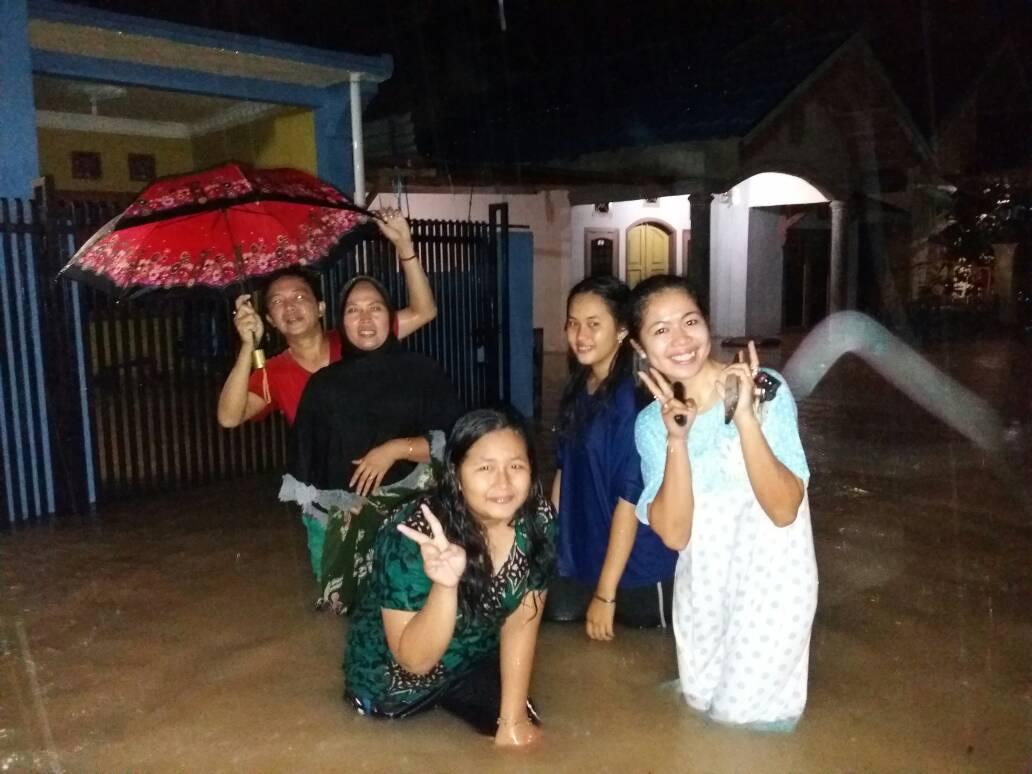 Permalink ke Hujan Sejak Sore Kemarin, Kota Jambi Dikepung Banjir Lagi