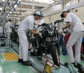 Permalink ke New Honda CB150R StreetFire Topang Penjualan Motor Sport Honda