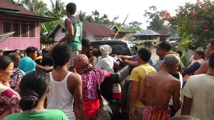 Permalink ke Sadis, Dibacok Paman Sendiri, Leher Rizal Warga Rantau Limau Kapas Nyaris Putus