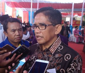 Permalink ke Hari ini, H. Bakri Pastikan Hadir Saat Ustadz Abdul Somad Berdakwah di Sabak