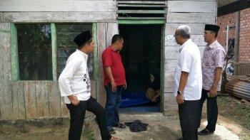 Permalink ke Tim Rumah Aspirasi H. Bakri Tinjau Program Bedah Rumah Desa Lubuk Ruso