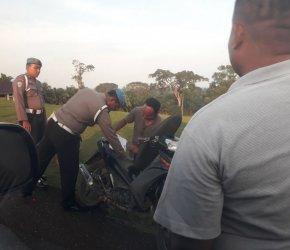 Permalink ke Villa Dijaga Ketat Polisi, Penjaga Villa yang Keluar Diperiksa Satu Persatu