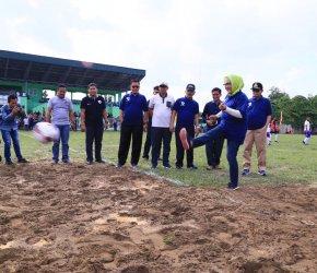 Permalink ke Wagub Fachrori Hadiri Liga Pekerja Indonesia Provinsi Jambi