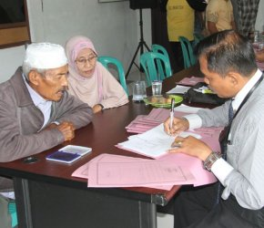 Permalink ke 59 Pasang Warga Kecamatan Bram Itam Ikuti Sidang Isbath Tahap Dua