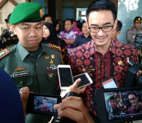 Permalink ke Gubernur Zola Sambut Kedatangan Danrem 042/Gapu Kolonel Inf Dany Budiyanto