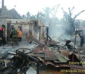 Permalink ke Dua Rumah Warga Desa Kasang Pudak Ludes Terbakar