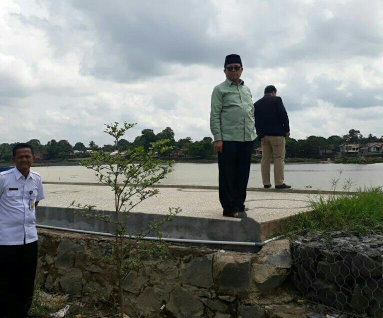 Permalink ke Hari Pertama Jabat Plt Gubernur Jambi, Fachrori Tinjau Wisata Danau Sipin
