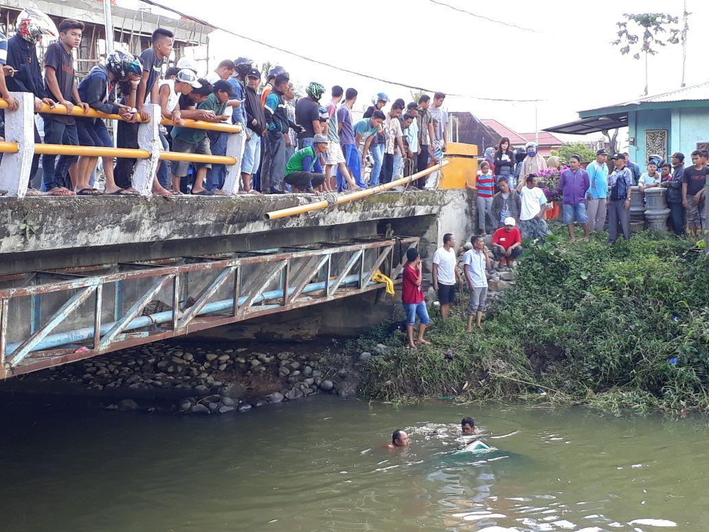 Permalink ke Pick Up Nyebur ke Sungai Batang Sangkir