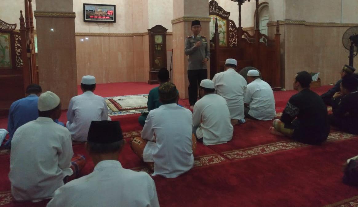 Permalink ke Polres Tanjabtim dan Jajaran Siaga di Masjid Selama Ramadhan