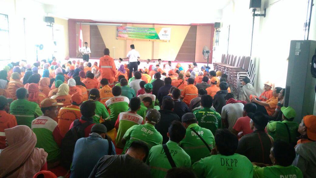 Permalink ke Ribuan PHL Dapat Bantuan dari Baznas Kota Jambi