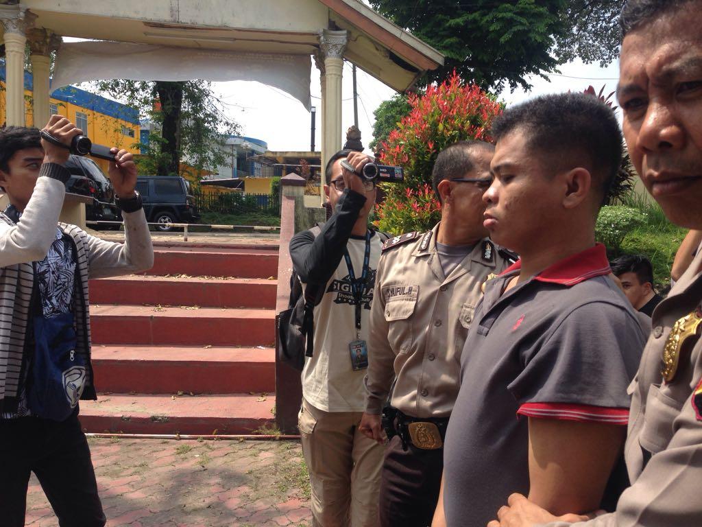Permalink ke Pelaku Penusukan Terhadap Satu Keluarga Diciduk Polisi