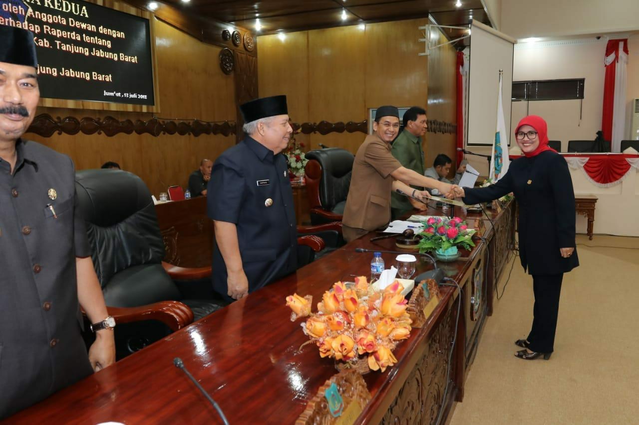 Permalink ke Ketua DPRD Tanjabbar Pimpin Paripurna Terkait Pemandangan Umum Fraksi Terhadap Pertanggung Jawaban APBD Tahun 2017