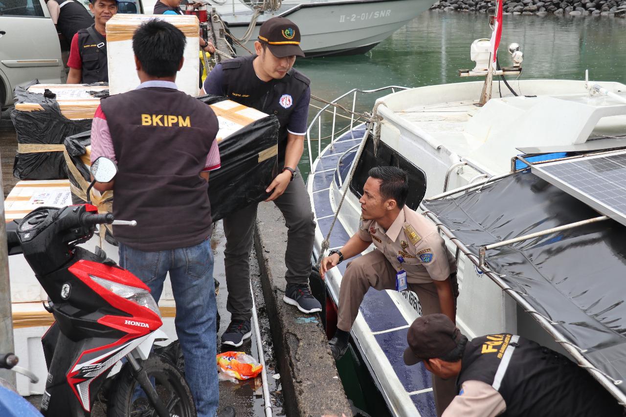 Permalink ke Baby Lobster Tangkapan Jambi Dilepas di Padang