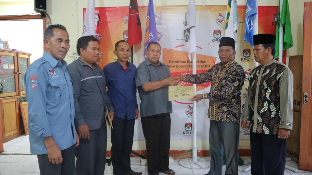 Permalink ke KPU Kerinci Salurkan Bantuan Korban Kerusuhan Desa Pentagen