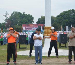 Permalink ke FACHRORI MENARI GEMU FAMIRE BERSAMA PRAJURIT TNI