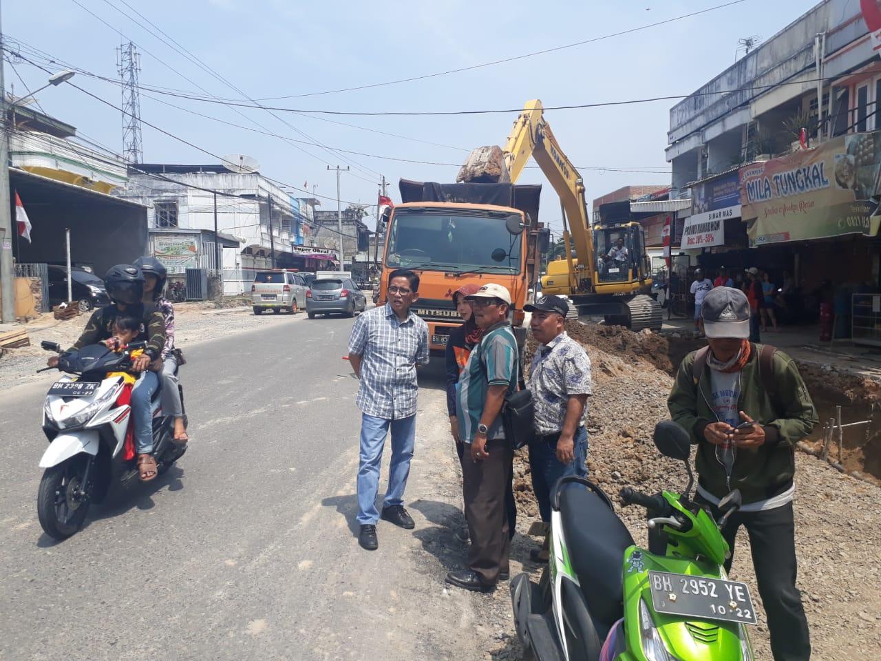 Permalink ke Jalan Akses Bandara Terancam Tak Selesai, H. Bakri : Apapun masalahnya saya berharap balai jalan bisa menyelesaikannya