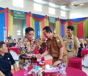 Permalink ke Wabup BBS Dampingi Anggota DPR RI di Acara Bursa Inovasi Desa