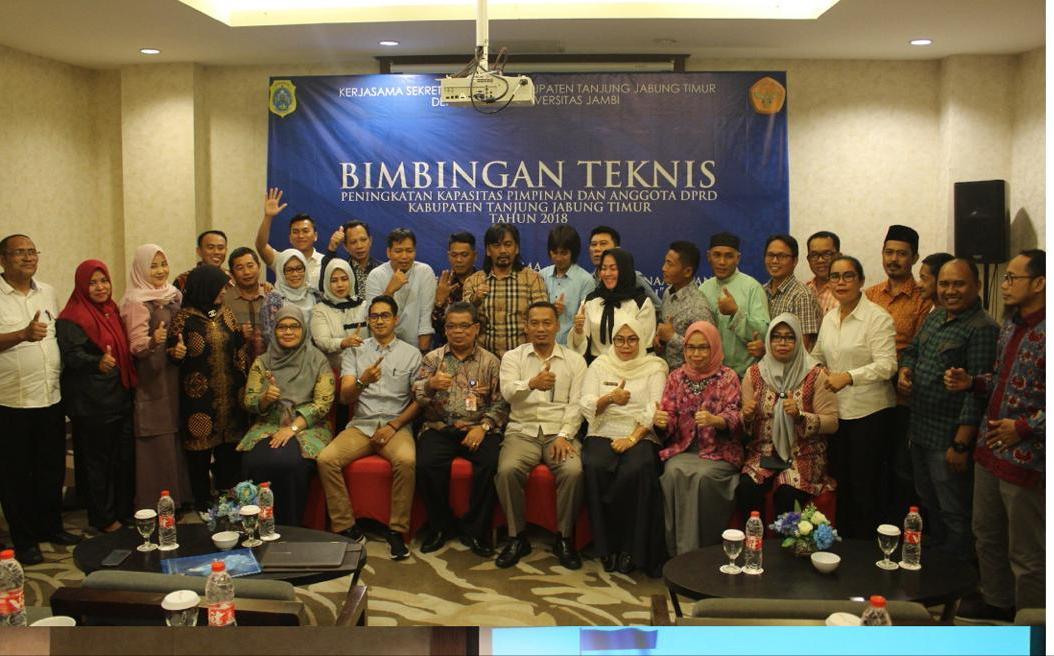 Permalink ke Akademisi Unja Koordinir Bimtek Pimpinan & Anggota DPRD Tanjabtim