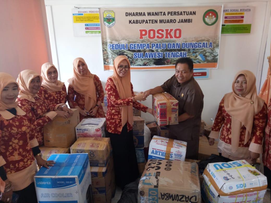 Permalink ke PeduliPalu dan Donggala,Dharma Wanita Kabupaten Muarojambi Salurkan Bantuan