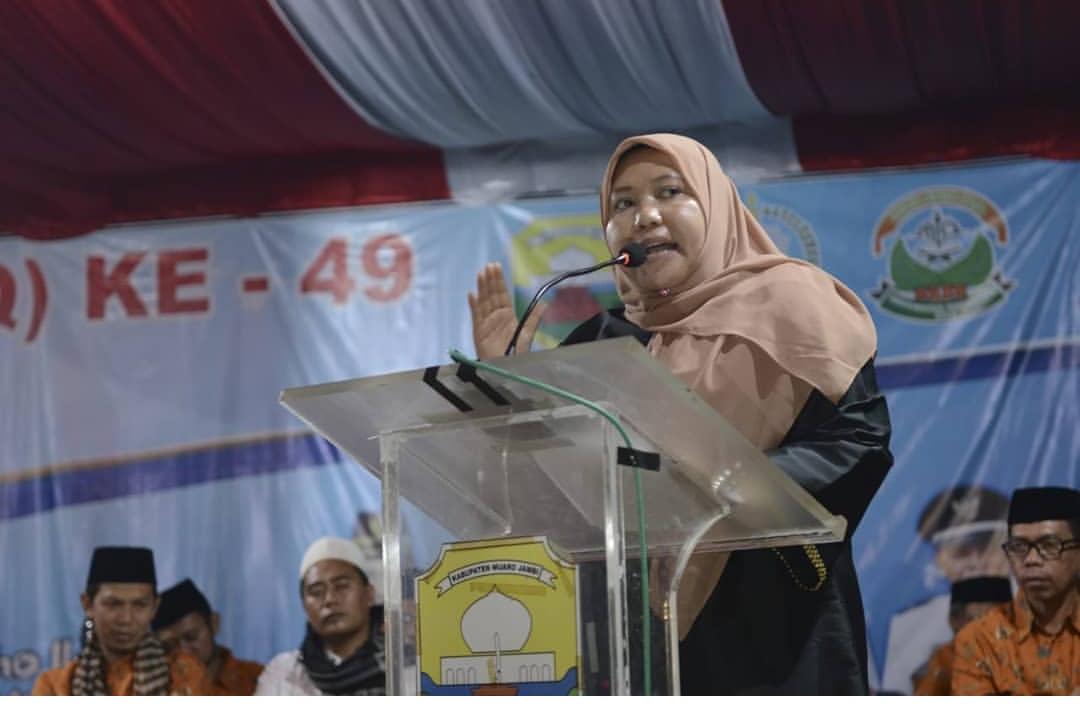 Permalink ke Masnah Bupati Muarojambi Dampingi Ketua Dewan Sekaligus Membuka MTQ Tingkat Kecamatan Sekernan