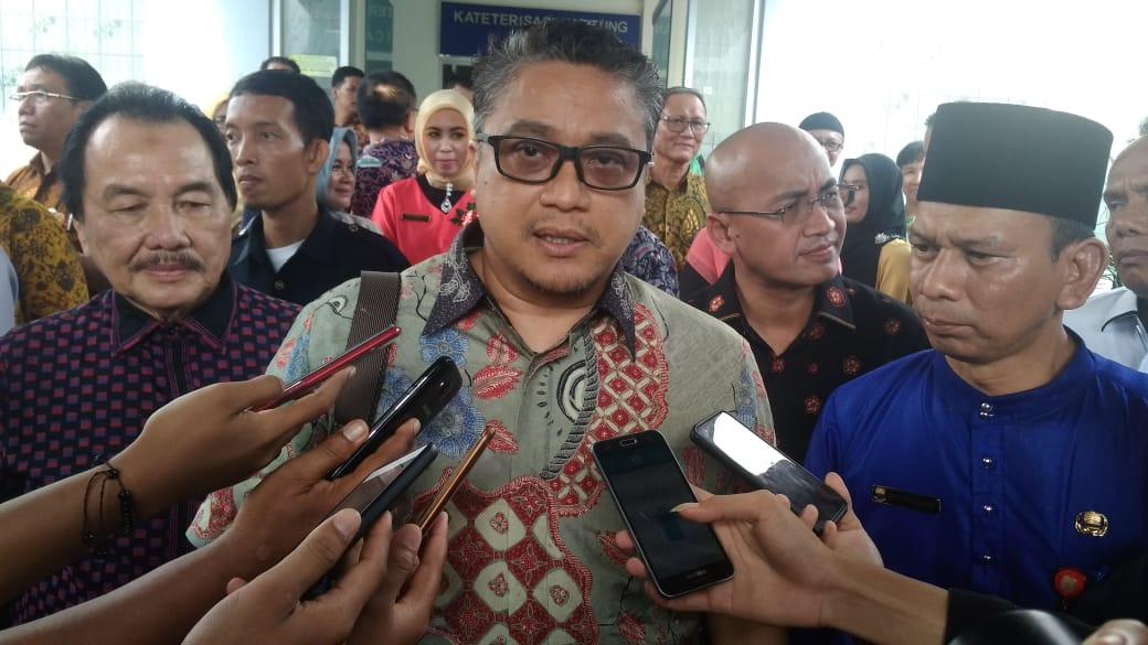 Permalink ke Rombongan Ketua Komisi IX DPR RI Masuk RSUD Raden Mattaher Jambi
