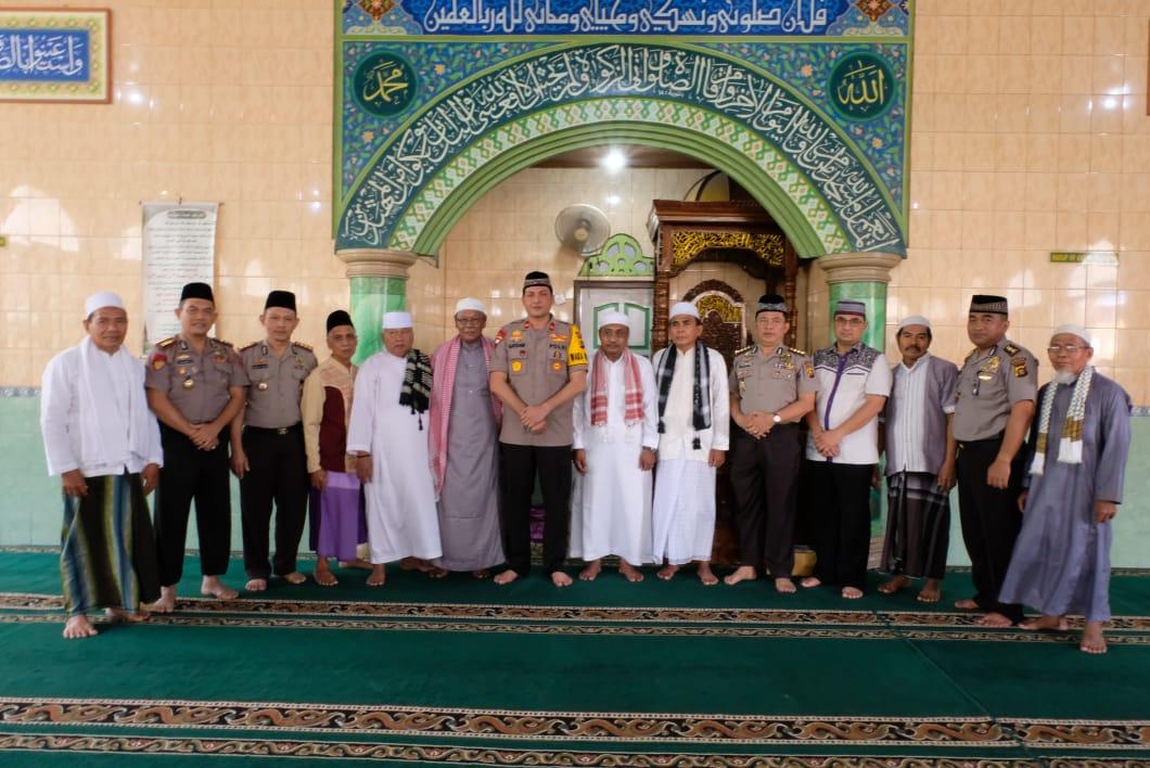 Permalink ke Wakapolda Jambi Jumling di Masjid Babusalam Tanjung Lumut