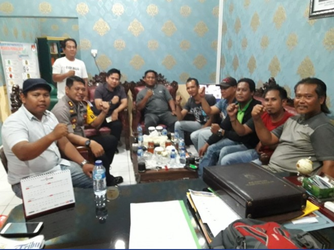 Permalink ke Ngopi Bersama Wartawan Asyik, Akhir Pekan Depan Kapolres Tanjabtim Ngajak Lagi