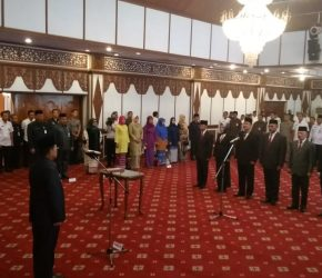 Permalink ke Fachrori Lantik Pejabat Pimpinan Tinggi Pratama Lingkup Provinsi Jambi