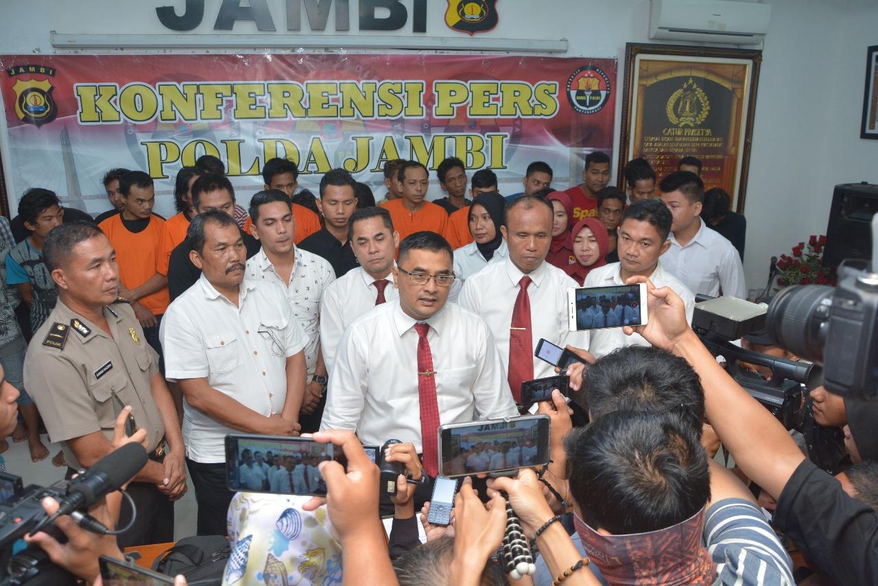 Permalink ke Ditresnarkoba Polda Jambi Jaring 27 Orang Selama Operasi Antik