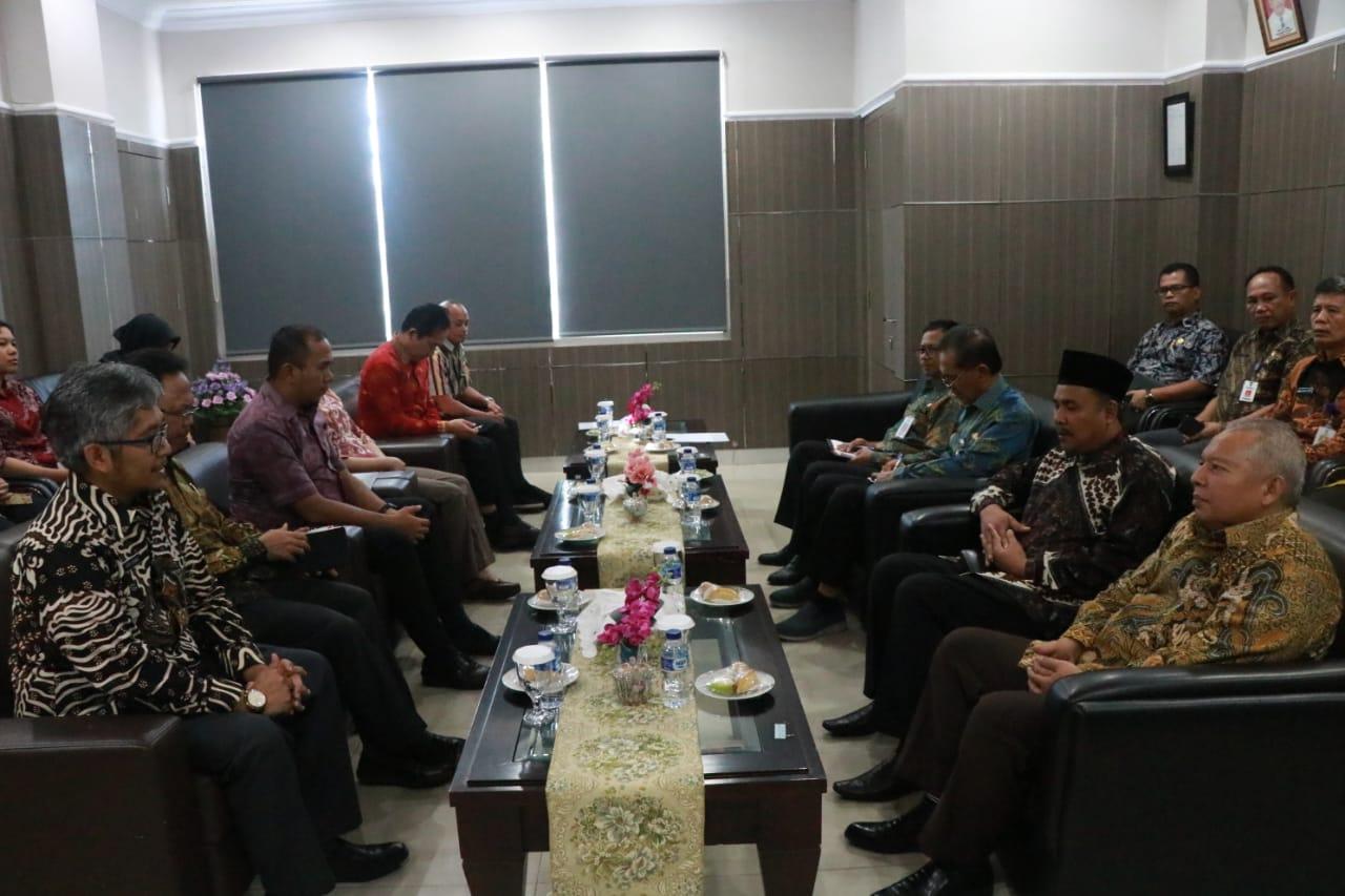 Permalink ke Bupati Safrial Sampaikan LKPD ke BPK RI Perwakilan Provinsi Jambi