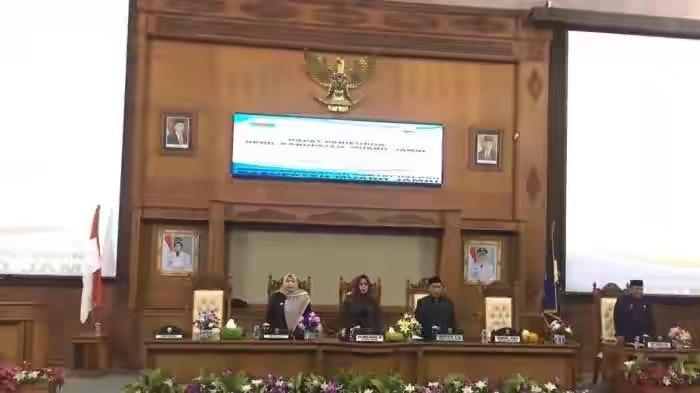 Permalink ke 19 Ranperda Diputuskan DPRD Muarojambi Melalui Sidang Paripurna