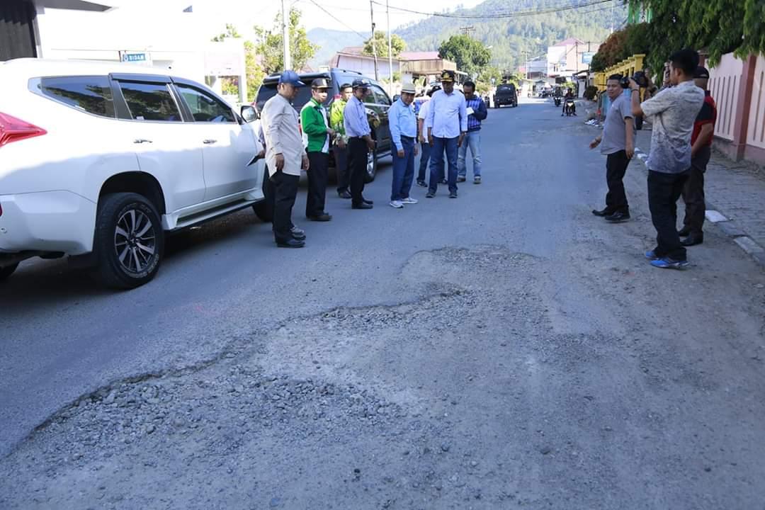 Permalink ke Wako AJB Tinjau Ruas Jalan dalam Kota Sungai Penuh