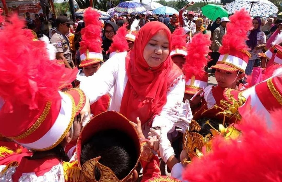 Permalink ke Bupati Masnah Hadiri Pesta Rakyat HUT Kemerdekaan RI di Kecamatan Kumpeh