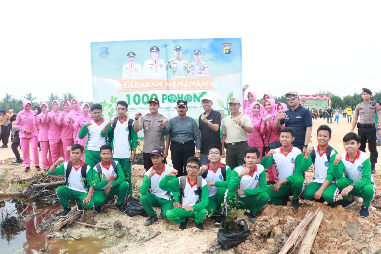 Permalink ke Wabup Amir Sakib Hadiri Gerakan Penanaman 1000 Pohon