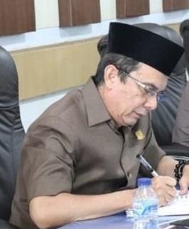 Permalink ke Wakil Ketua DPRD Kota Jambi M. A . Fauzi : Pejabat Eselon III dan IV Dalam Lingkup Setwan DPRD Kota Jambi Teken Perjanjian Kinerja TA 2020 Itu Sangat Baik