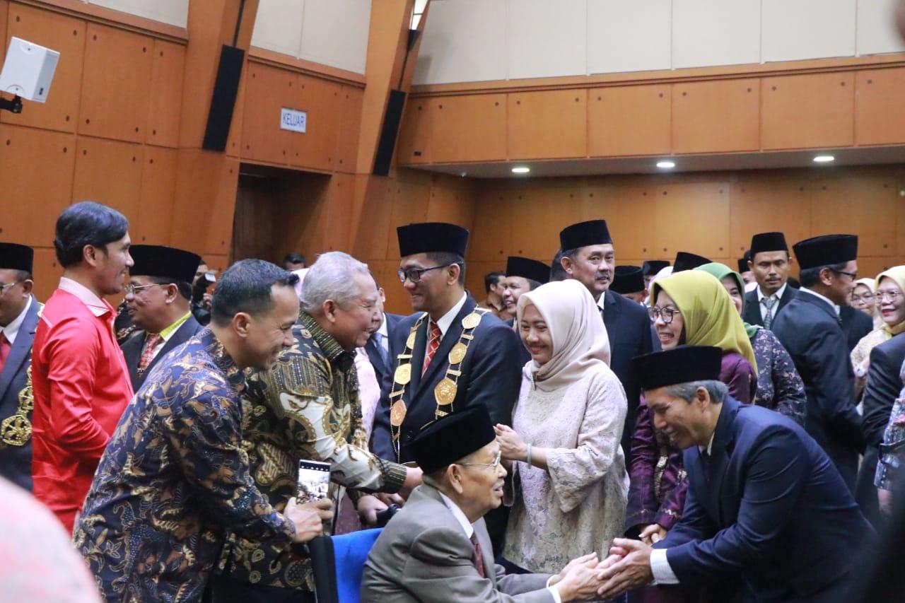 Permalink ke Bupati Safrial Hadiri Pelantikan Rektor Unja Periode 2020-2024
