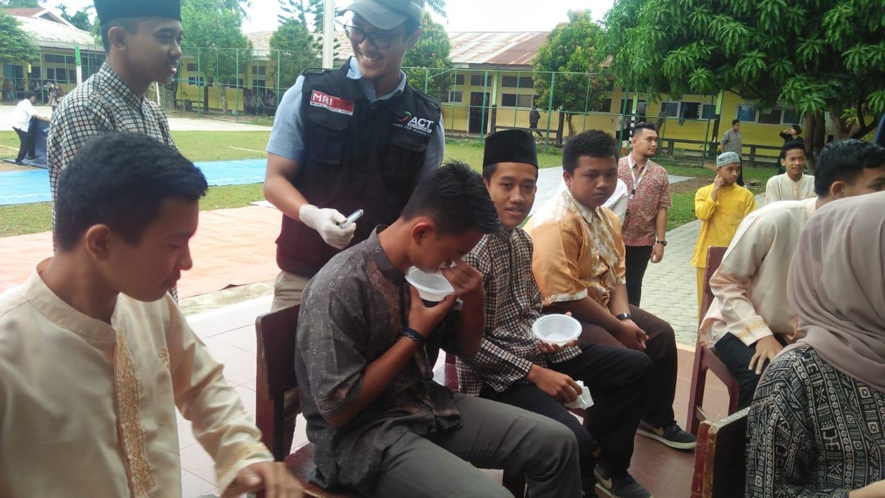 Permalink ke ACT Jambi Kembali Lakukan Aksi Cuci Hidung di SMAN 8 Kota Jambi